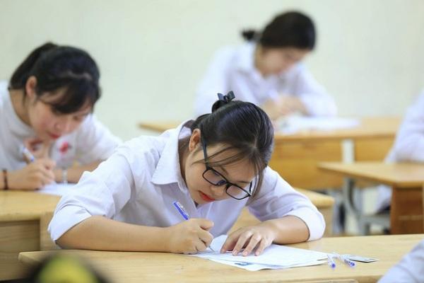 Mức cộng điểm khuyến khích vào điểm xét tốt nghiệp THPT năm 2021 như thế nào?