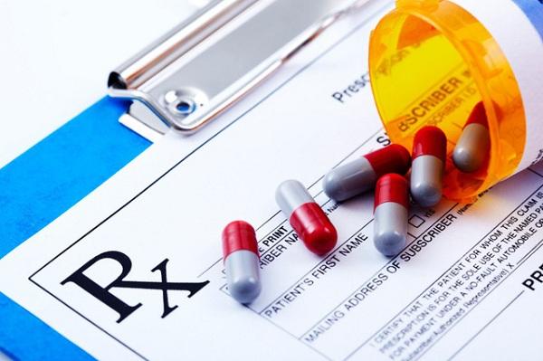 Lạm dụng thuốc kê đơn có thể gây ra những tác dụng phụ gì?