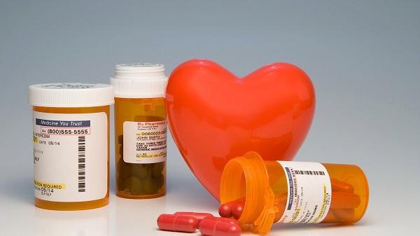 Dự trữ sẵn một số thuốc trị bệnh mãn tính nếu trong gia đình có người mắc bệnh mãn tính